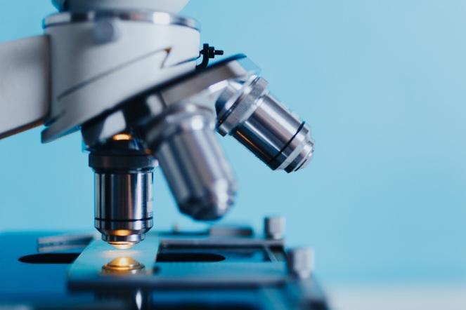 hand-people-equipment-biology-machine-medicine-1192476-pxhere.com