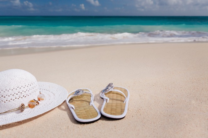 hand-beach-sea-sand-ocean-white-1250151-pxhere.com